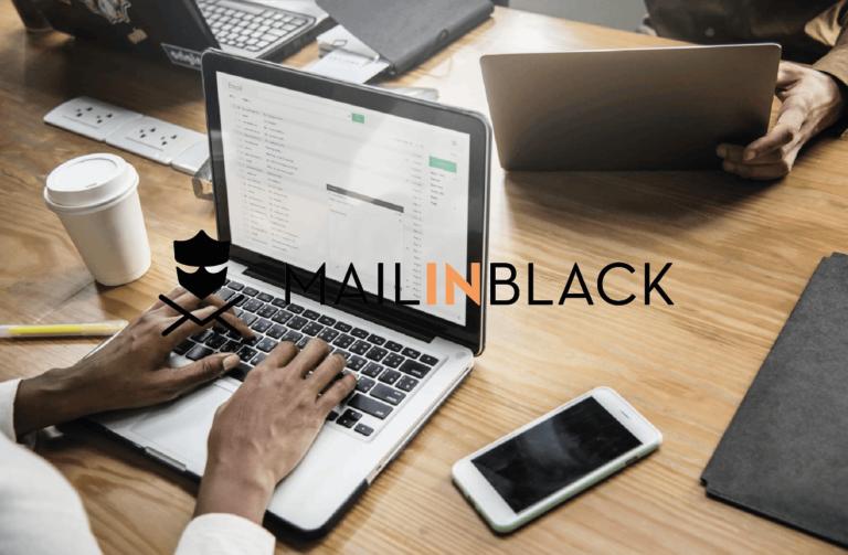 Numérian - mail in black
